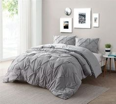 Alloy oversize King bedding sets are ideal to buy comforter online. Cheap King XL comforter sets don't trade price with soft bedding and cozy soft comforter. Alloy gray comforters King XL is everyone's favorite choice of best bedding sets in King XL size.