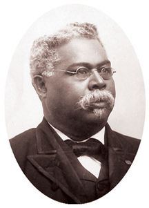 Robert Smalls captured a Confederate ship and became a Civil War hero. He served 5 terms in the U. But during Reconstruction, he had to fight even more heroically for equal rights for African Americans. Troll, Civil War Heroes, Black Republicans, Racial Equality, Civil War Photos, American Civil War, American Soldiers, American Actors, African Diaspora