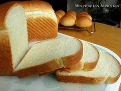Un pan de moldefácil que nos saca de apuro a la hora de preparar un sandwich. Queda muy rico, muy suave,mejor queel pan de molde compra...
