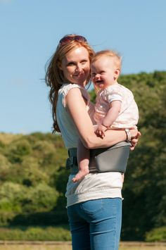 HIPPYCHICK HIPSEAT - THE BACK SAVING BABY CARRIER