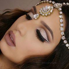 "Huda Kattan on Instagram: ""Such a stunning look @beautybyfaz @shophudabeauty lashes in Samantha"""