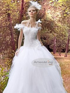 One Shoulder Strap Tulle A Line Wedding Gown with Applique. $168.00