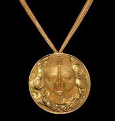 Bill Reid, Necklace. North Coast, West Coast, Bill Reid, Native Wears, Haida Gwaii, Art Beat, Haida Art, Native Design, Family Jewels