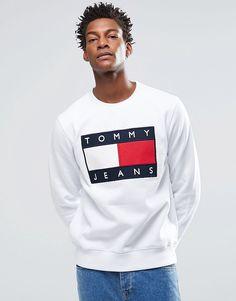 Hilfiger+Denim+Sweatshirt+with+Tommy+Flag+Logo+In+White