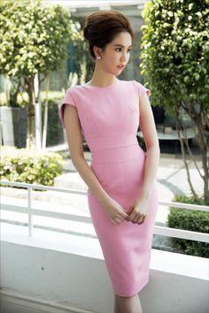 Đầm body màu hồng thiết kế sang trọng giống ngọc trinh | Đầm ôm body