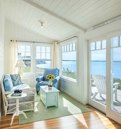 Dreamy beach cottage living room simple decor idea... and what a view! Dreamy cottage by the sea. #cottage #beachhouse