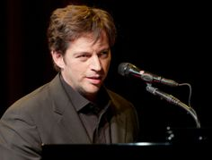 Harry Connick, Jr. 2002