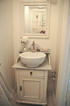 Sink Designs Suitable For Small Bathrooms: Small Bathroom Vanities Traditional And Sink Dream Vanity Diy Bathroom Vanity, Small Sink, Small Bathroom Vanities, Vessel Sink Bathroom, Downstairs Bathroom, Bathroom Renos, Vanity Sink, Small Bathrooms, Small Vanity