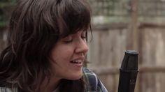 Courtney-Barnett-Depreston-Live-Performance-YouTube-2015