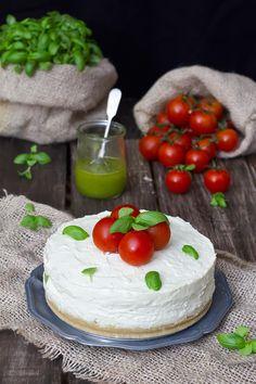 Los Tragaldabas: {Cheesecake salada con pesto y cherries} SIN TMX!