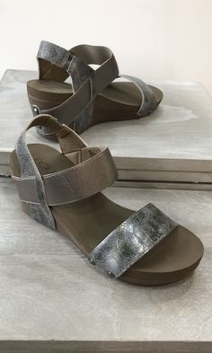 ee648d111894a Bandit Wedge by Corkys-PEWTER Pewter
