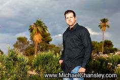 Fun family portrait photo ideas at Reid Park in Tucson AZ Phoenix Arizona taken by Michael Chansley Photography Kids teenagers parents couples teens baby sunset tough guy muscles cloudy