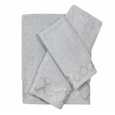 Give your bathroom space all the character it deserves with the elevated Gwynn Towel Bundle. This 100% cotton six piece set exclusive of trim includes two soft bath towels with two matching hand towels and two fingertip towels. The light gray zero-twist cotton terry  towels create a calming look, while the marbleized latticework pattern of the dobby boarder coordinates with the Gwynn Shower Curtain. Pair with the Gwynn Shower Bundle for added sophistication to your bath.