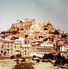 Dimitrios Harissiadis picture: View of the Acropolis from the Temple of Olympian Zeus. Athens, June 1959 Photographic Archive of the Benaki Museum Greece Pictures, Old Pictures, Old Photos, Greek Town, Greece History, Greek Culture, Photography Articles, Athens Greece, Greece Travel