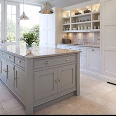 http://www.tomhowley.co.uk/kitchens/contemporary-shaker-kitchen/