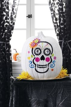 Who said skulls are scary? This Halloween, we think they're kinda cute!