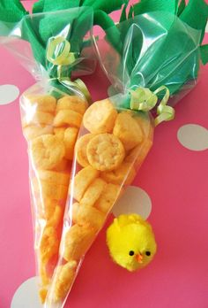 I love the idea of using orange and green paper (that I already have laying around, of course!) to wrap a special Easter treat.