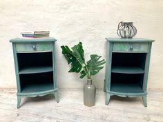 #paintedfurniture #chalkpaint #dizzyduck #shabby #möbeleben #kreidefarbe #handbemalt #möbel #unikat #upcycling #einzelstück #design #upcycled #nachhaltig #inachhaltigkeit #vintage #möbeldesign Shabby, Furniture, Table, Vintage, Home Decor, Repurpose, Timber Wood, Decoration Home, Room Decor