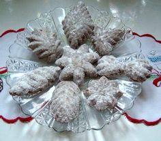 Čokoládové pracny Christmas Cookies, Christmas Ornaments, Czech Recipes, Baking, Holiday Decor, Xmas Ornaments, Bread Making, Christmas Crack, Patisserie