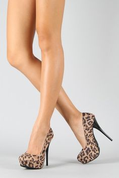 """""""Never wear kitten heels. My biggest no no. They are the mullet of heels."""" -Lauren Conrad"""