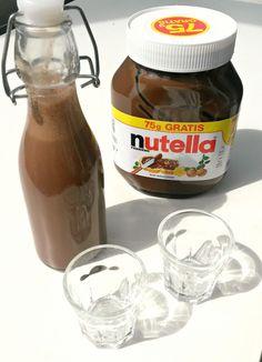 Fast jeder liebt Nutella, damit wird gefrühstückt, gebacken und es wird für Desserts verwendet. Eine weitere tolle Möglichkeit Nutella zu verarbeiten ist, Likör daraus zu machen. Das ist nicht nur …