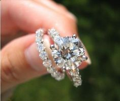Beautiful engagement ring and wedding band! YES PLEASE