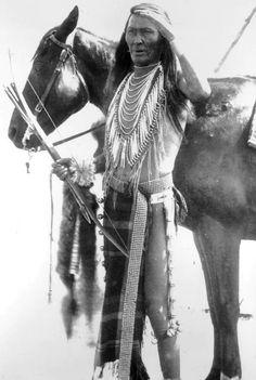 A Flathead (Salish) man Is-se-dar. 1907. Photo by Benjamin Stone. Source/ Denver Public Library.