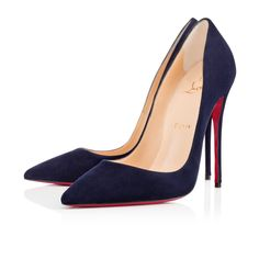 So Kate's pointed toe and superfine stiletto heel give her an eye-catching allure.  Her dramatic pitch provides you with a supremely sexy 120mm silhouette.  In this season's nuit suede, she brings this classic to new heights.