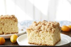 Classic crumb cake made with sourdough starter, for a hint of tang. Sourdough Starter Discard Recipe, Sourdough Recipes, Sourdough Bread, Cinnamon Crumb Cake, Crumb Coffee Cakes, Sweet Recipes, Cake Recipes, Bread Recipes, Dessert Recipes