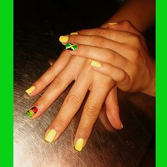 Jamaica influnced nails... Rastafarian colours green-yellow-red #NailArt
