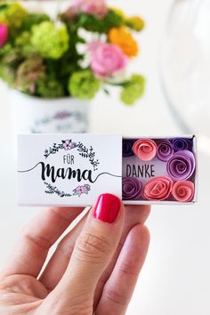 The most beautiful gifts for Mother& Day with personal engraving Diy Gifts For Christmas, Fleurs Diy, Pin Collection, About Me Blog, Clay, Judith, Beautiful Gifts, Beautiful Pictures, Diy Presents