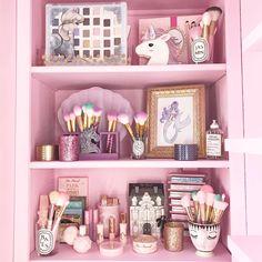 vanity_closet.beauty
