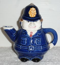 Leonardo collectable british Policeman tea pot - What fun! at www.vintagehighlightsandhomes.com