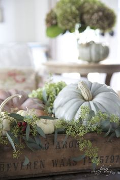 Fall Centerpiece - using pastel pumpkins and greenery displayed in an old wooden box - via FRENCH COUNTRY COTTAGE: Simple & sweet autumn vignette French Country Cottage, French Country Decorating, Coastal Cottage, Country Homes, Country Style, Farmhouse Style, Coastal Fall, Country Fall, Top Country