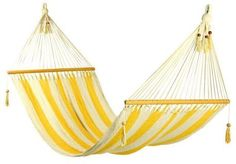 This hammock has conquered its niche in the international market because of its grace, style and incredible comfort. All hammocks are hand made by Nicaraguan artisans using a double weave technique and have a beautiful crocheted edge. 100% soft cotton,
