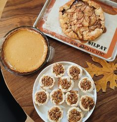 Perfect thanksgiving pie - recipes for Mini Maple Pecan, Pumpkin Pie Cheesecake, and Salted Caramel Apple Tart
