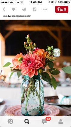 Cute Mason Jar & Flowers Idea