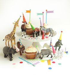mini party hats for animals and dinosaurs, miniature hats for dolls, plastic animals, circus farm dinosaur party The Animals, Party Animals, Animal Party, Forest Animals, 3rd Birthday, Birthday Parties, Animal Birthday, Birthday Cakes, Circus Birthday