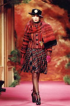 Christy Turlington for Christian Lacroix Haute Couture Fall-Winter 1991 | von Christian_Lacroix