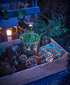 Nothing is as atmospheric as cozy candles in the dark conservatory. We have co … - Best Garden Decoration Trends Christmas Greenery, Outdoor Christmas, Christmas Time, Christmas Decorations, Table Decorations, Garden Decorations, Candle In The Dark, Building Raised Garden Beds, Vibeke Design