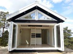 attefallshus med loft Tiny Spaces, Loft Spaces, Sauna House, Mountain Home Exterior, Sauna Design, Mini Loft, Compact House, Small Cottages, Prefabricated Houses