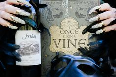 The last time harvest ended on #Halloween was in 1995. No costume can hide how delicious this vintage is.