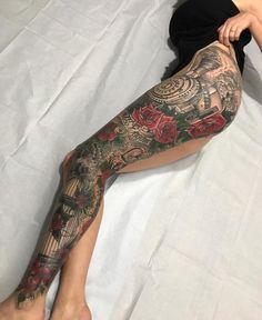 Amazing full leg tattoo