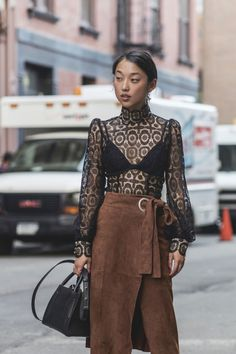 Margaret Zhang Fashion Style Wear Look Outfit Trends Inspiration Miami Fashion, Fashion Week, New York Fashion, Fashion Trends, Street Fashion, Fashion Ideas, Street Style Chic, Street Style Looks, Style Miami