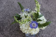 http://sophisticatedfloral.com/users/awp.php?ln=110659  lavender wedding flowers