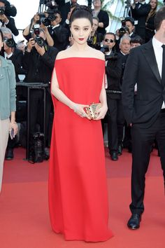 """Cannes 2017 WERQ: Fan Bingbing in Valentino Couture at the premiere of """"The Beguiled"""" 