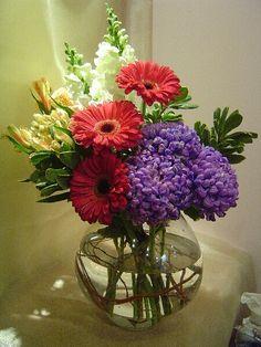 A flower arrangement called Rhombus