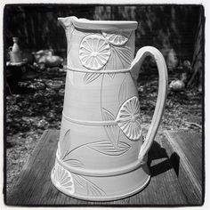 ✨✨Brian R. Jones (@brianrjones) pitcher with decoration by Jen Allen (@jenallenceramics) made during #ObjectiveBray