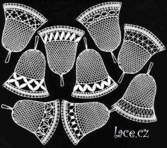 podvinky k paličkování - Buscar con Google Christmas Bells, Christmas Decorations, Xmas, Bobbin Lace Patterns, Lacemaking, Needle Lace, All Craft, Simple Art, Lace Knitting