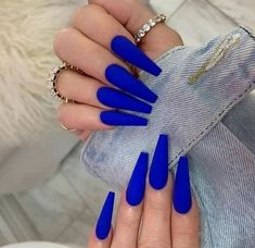 #маникюр #nailart #ногти #修指甲 Coffin Nails Matte, Blue Acrylic Nails, Summer Acrylic Nails, Gel Nails, Blue Matte Nails, Cobalt Blue Nails, Dark Blue Nails, Blue Glitter Nails, Pink Nails
